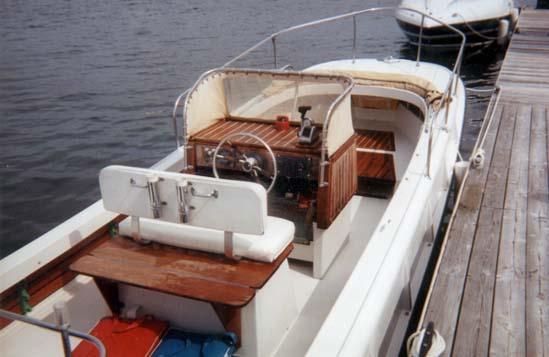 Classic Whaler: Boston Whaler: Cetacea: Page 36